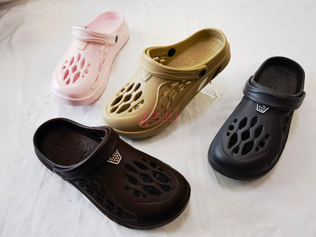 ADULT CLOGS