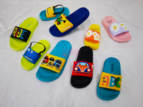 CHILD CLOGS